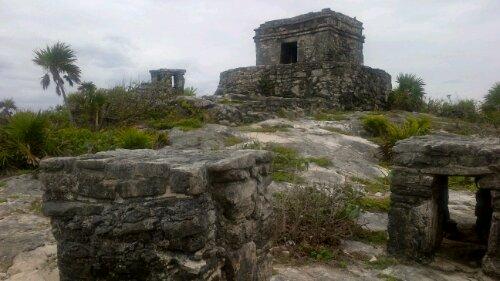 tulum ruins altar