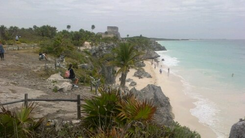 tulum ruins and the sea